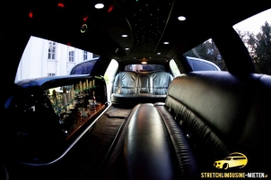 geburtstag stretchlimousine party wien mieten. Black Bedroom Furniture Sets. Home Design Ideas